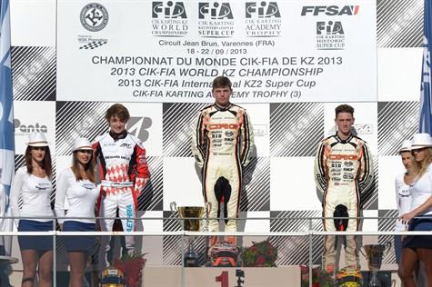 Verstappen Varennes podium 475x316
