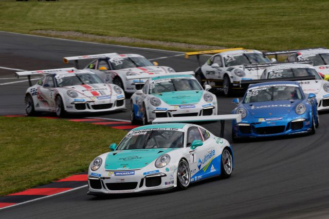 Persbericht - DTM 2015-pre3-3-Porsche