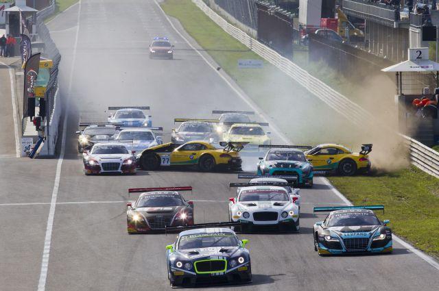Persbericht - Finaleraces2015-re-Essay2