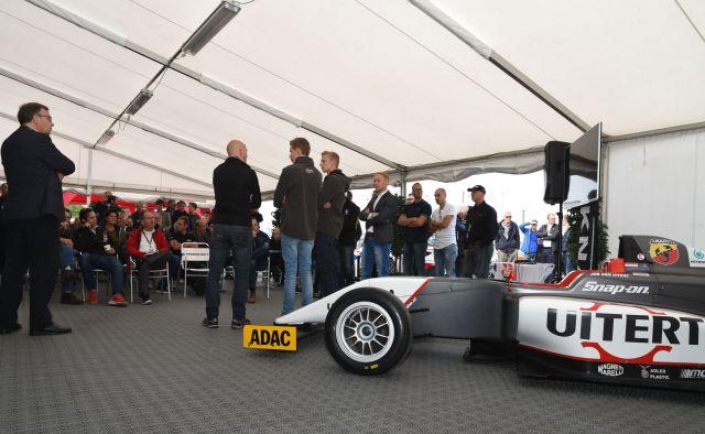 Formule 4 01
