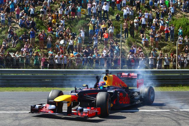 Persbericht - Familie Racedagen driven by Max Verstappen-Essay1