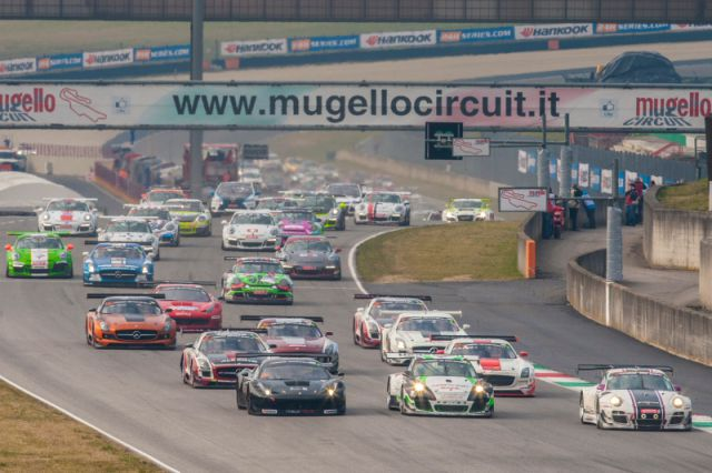 Start 2 Hankook 12H ITALY-MUGELLO 2015 800pix