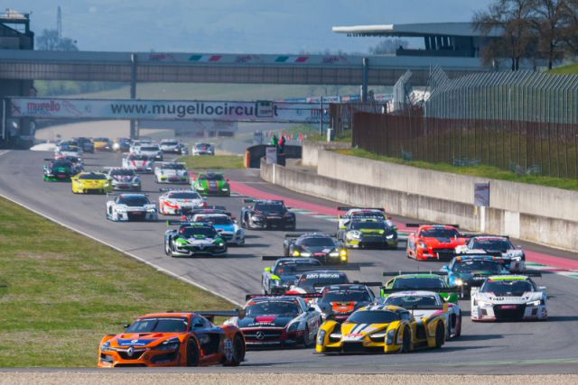 Start 2 Hankook 12H ITALY MUGELLO 2016 800pix