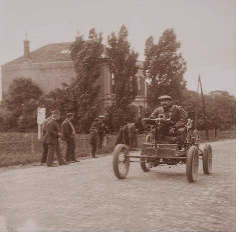 Eerste internationale autorace na 120 jaar herhaald