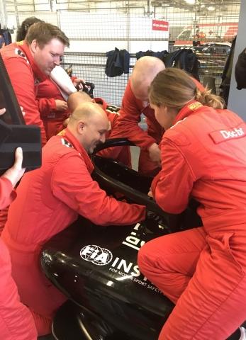 FIA Extrication training DMSB Circuit Zandvoort oefent met F1 HALO
