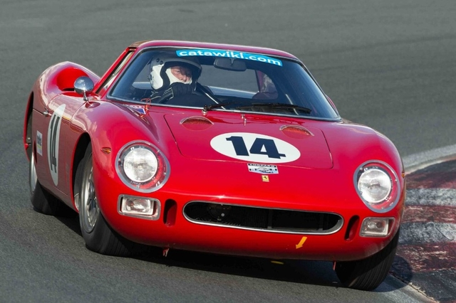 Race 2 Alexander van der Lof in de Ferrari 250 LM