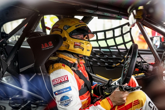 Tom Coronel in car 2